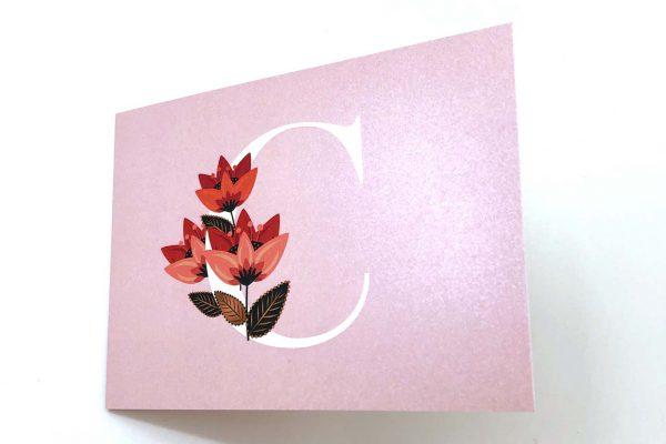 Geboortekaartje goud parelmoer met initiaal en bloem Venice Floral